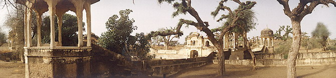 A Well in Shekhavati, Rajastan (1986)