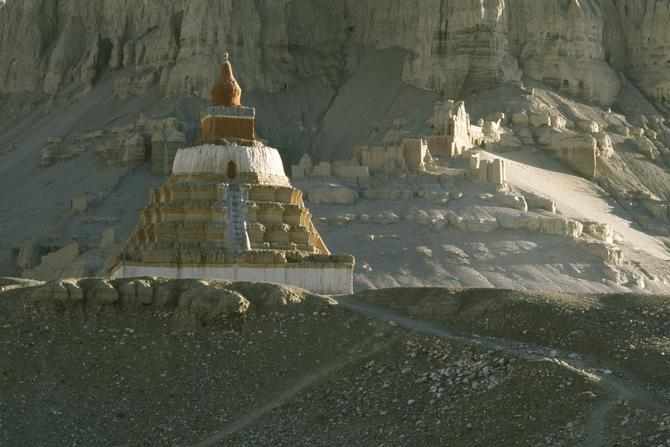 The Great Chorten in Tholing, 1993